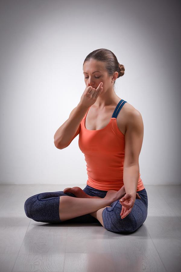 Yoga alternate nostril breathing